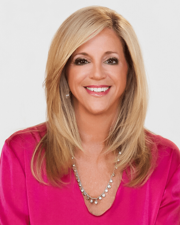 Joy Mangano | In-feed competition facebook bot